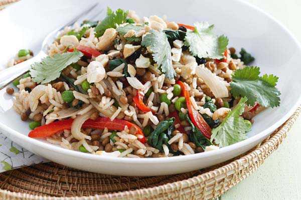 Плов из риса и чечевицы